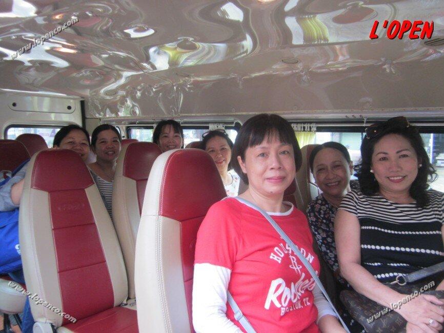 hang-xe-du-lich-lopen-xe-16-cho-di-vuon-xoai (16)